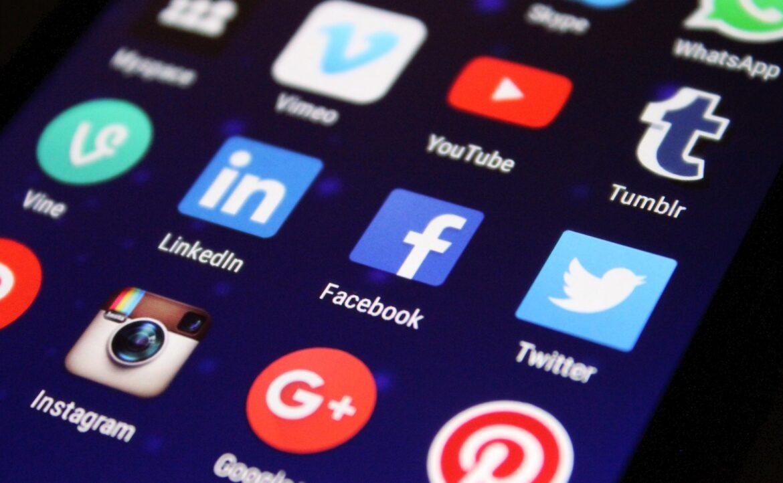 Strona internetowa czy profil w mediach społecznościowych?